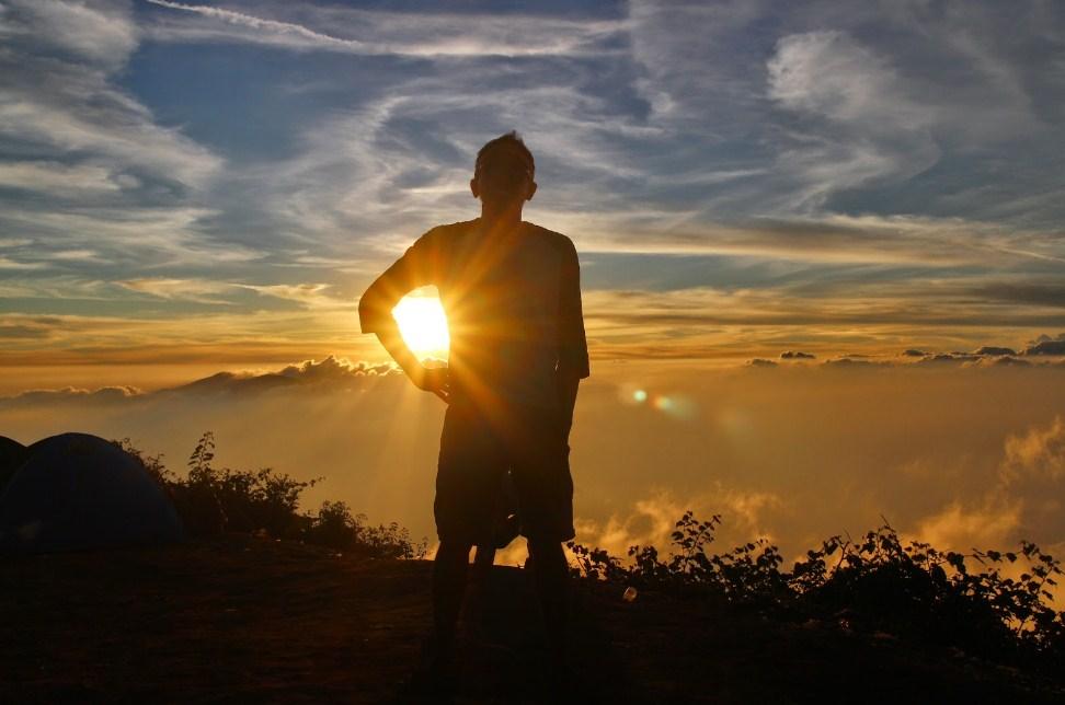 Wisata Alam jogja Gunung Ireng Spot Terbaik Berburu Sunset